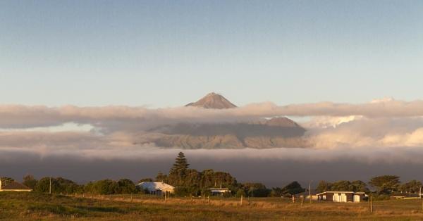 Mount Taranaki by Pictureperson