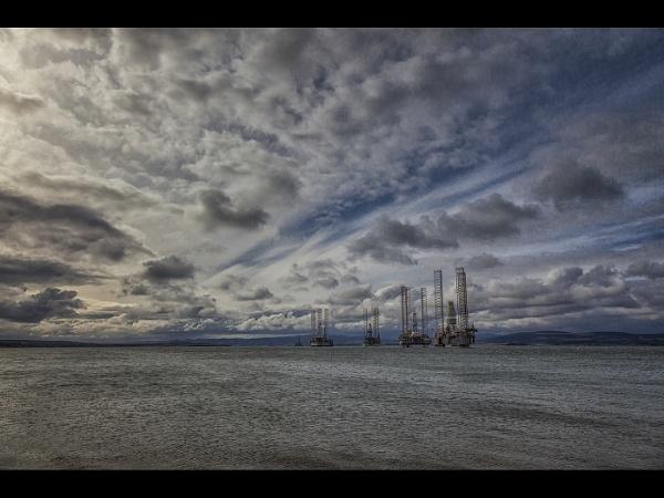 Oil Rig Park by stevenb