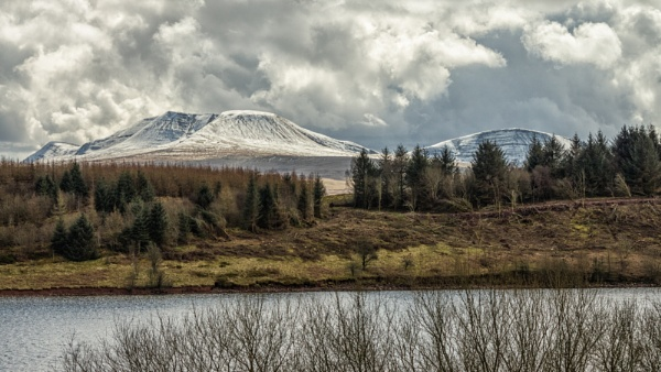 The Black Mountain Range by Kilmas