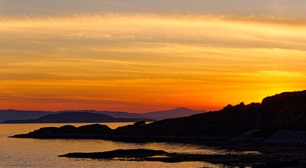Sunset at Erbusaig by wenga2645