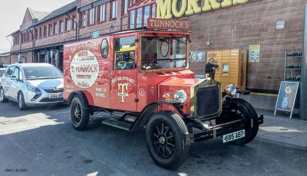 Tunnock's Vintage Style.