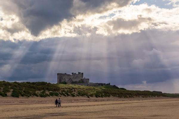 A walk on the beach by philstan