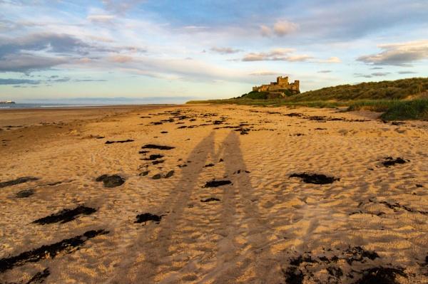 Shadows on the beach by philstan