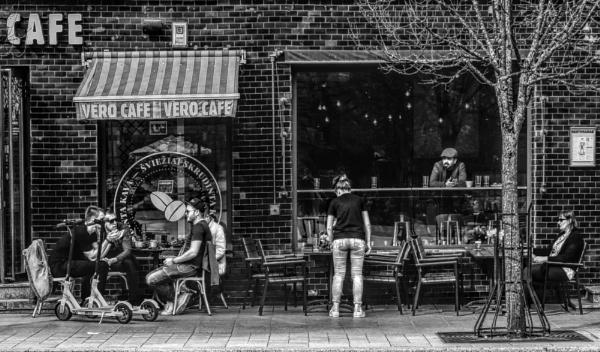 VERO CAFE by Danas