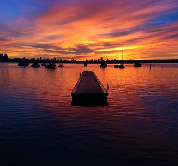 Matilda Bay Sunrise by optimist950