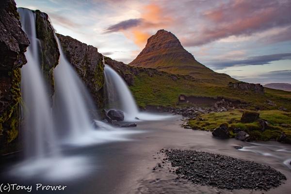 Kirkjufellsfoss by TonyPrower
