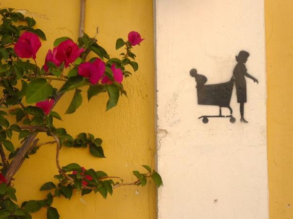 Wall curious !!! by Chinga