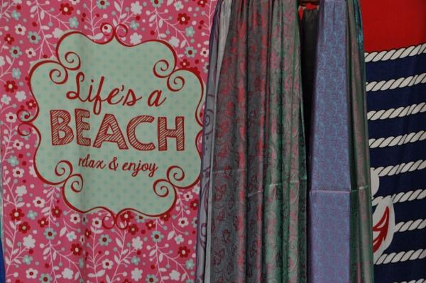 Beach signs.... by Chinga