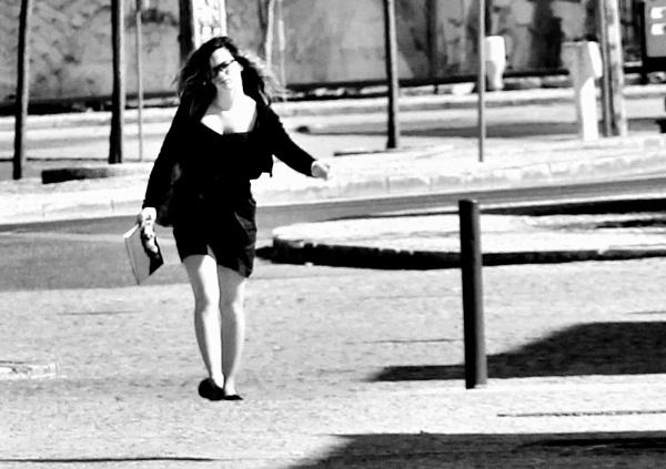 A buen paso. by femape