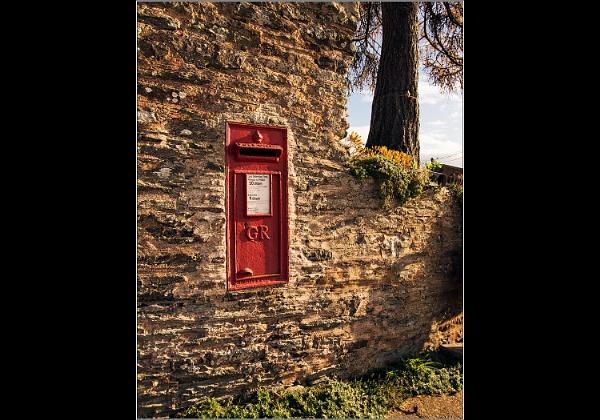 Post Box by Otinkyad