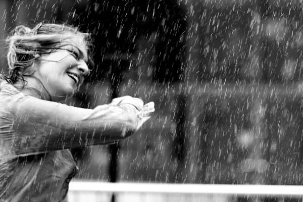 Dancing in the Rain by TelD