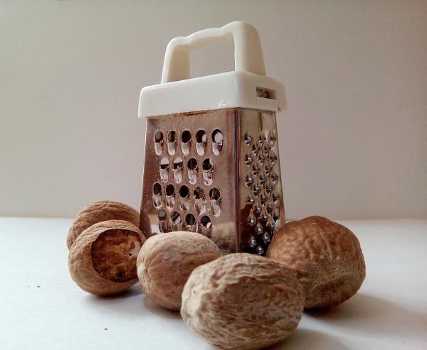 Nutmegs by KrazyKA