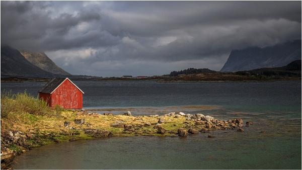 Red Hut Lofoten by Leedslass1