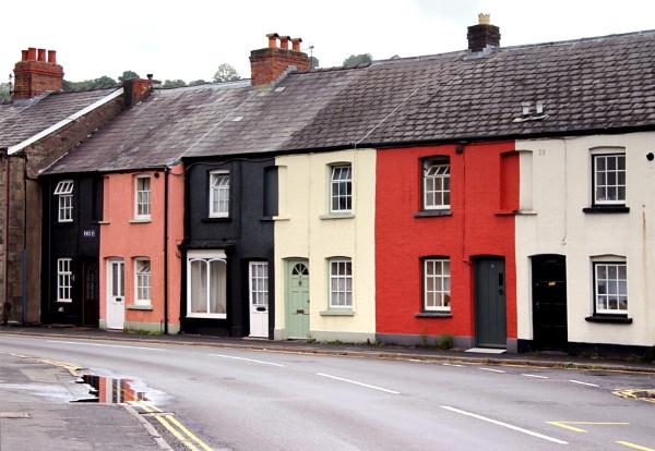 Terraced houses in Brecon by helenlinda