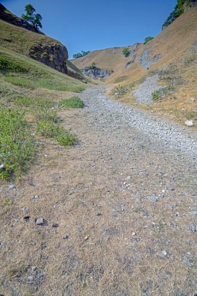 Walk At Castelon Hills by mmart