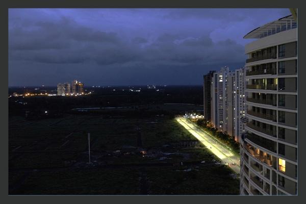 Rosedale & Uni-world by Night by prabhusinha