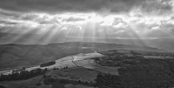 Heavenly Rays by Gavin_Duxbury