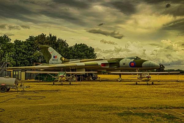Vulcan Bomber by Lord_Raglan