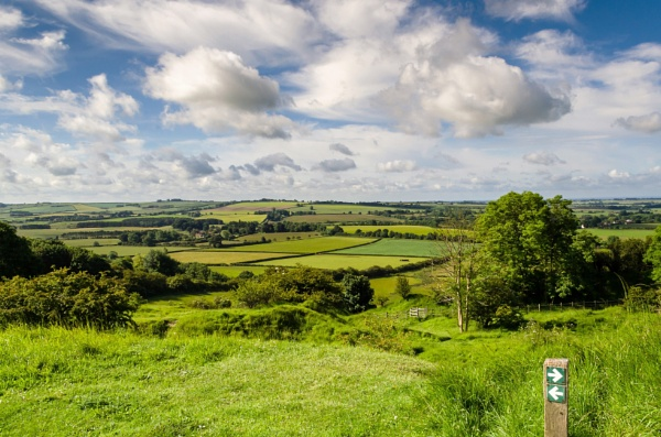Lincolnshire Wolds by Gillken
