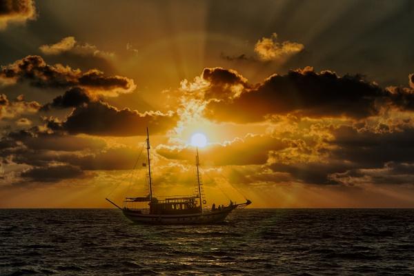 Sunset Sailors by Owdman