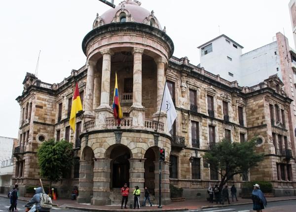 Municipal building - Cuenca by barryyoungnz