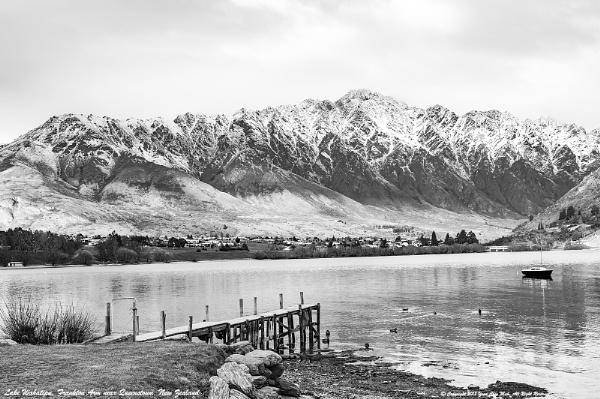 Autumn Afternoon at Lake Wakatipu, New Zealand by Ycmah