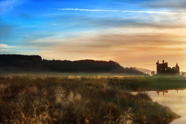 Kilchurn Castle by AndrewAlbert