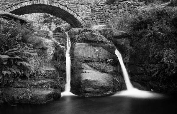 Three Shires Head by jasonrwl