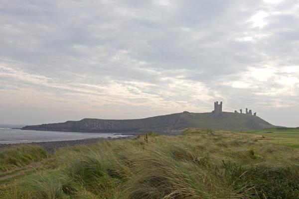 Dunstanburgh Castle by mm5040