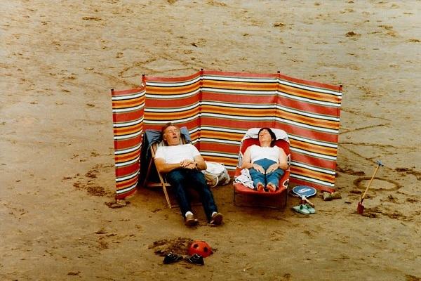 Seaside snooze. by rustyshackleford