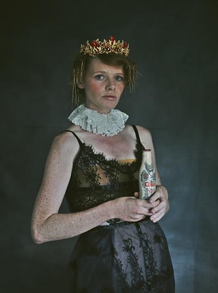 Queen by ZuzuValla