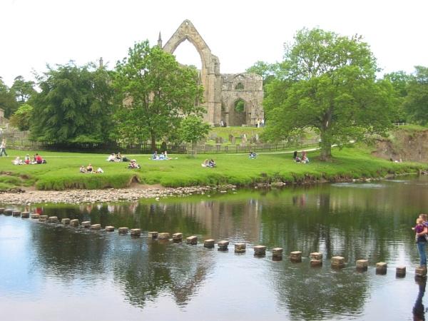Bolton Abbey by jscollon