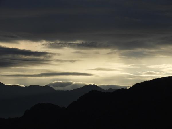 Dawn by RoderickTsang