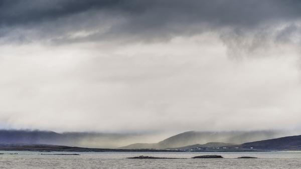 Between Sky and Sea by gerainte1