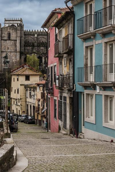 Porto backstreet by jacomes