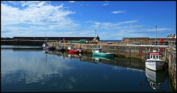 Scottish Fishing Village by Grumby