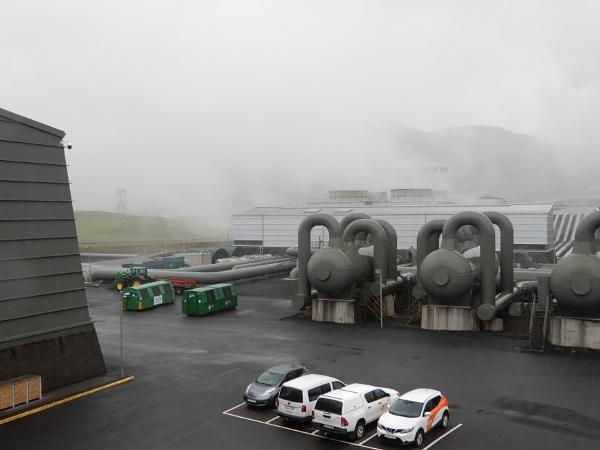Hellisheidi Geothermal power plant by voyger1010