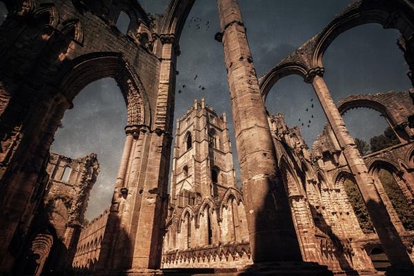 Fountains Abbey by GaryDHiggins