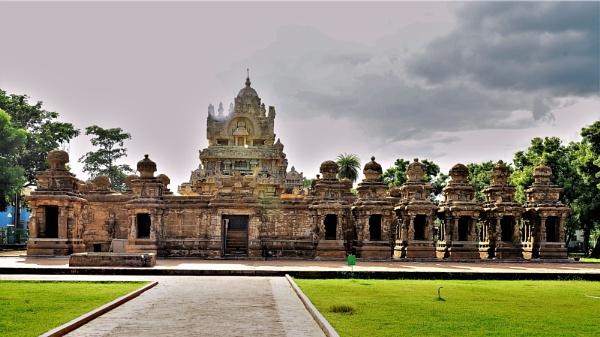 Ancient Construction by niranjan900