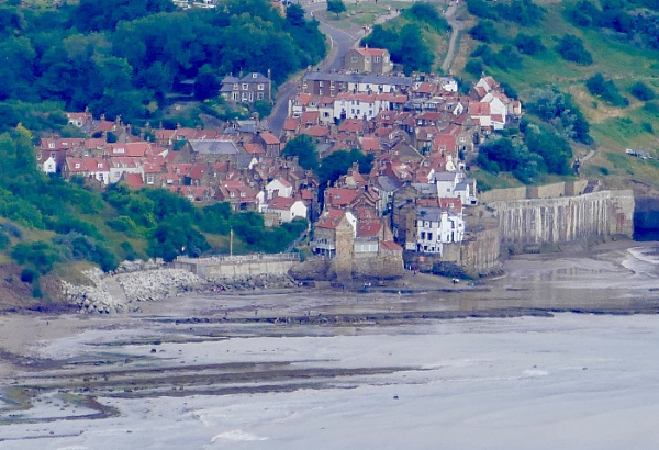The village at Robin Hoods bay, Yorkshire by HobbitDave
