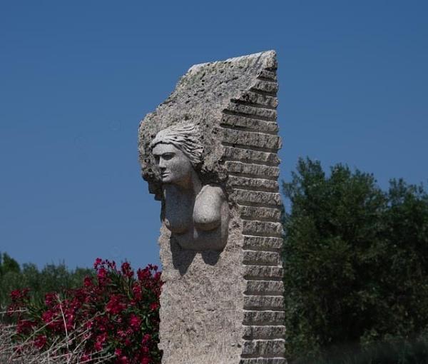 Sculpture by HarrietH