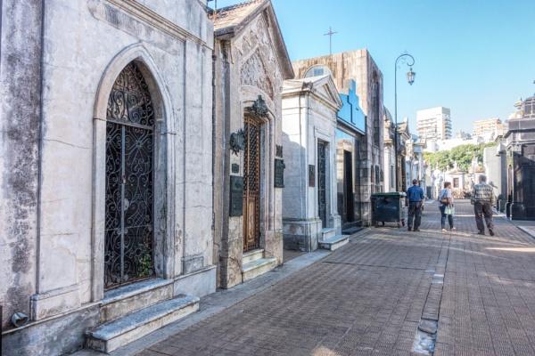 La Recoleta Cemetery, Buenos Aires by suejoh