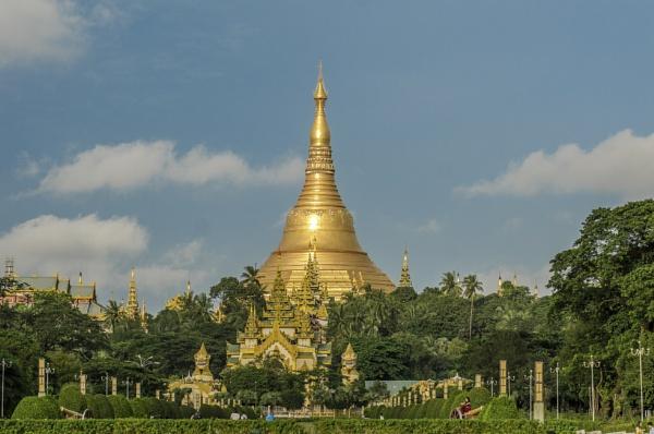 Shwedagon Pagoda...Yangon by kanwarmunish