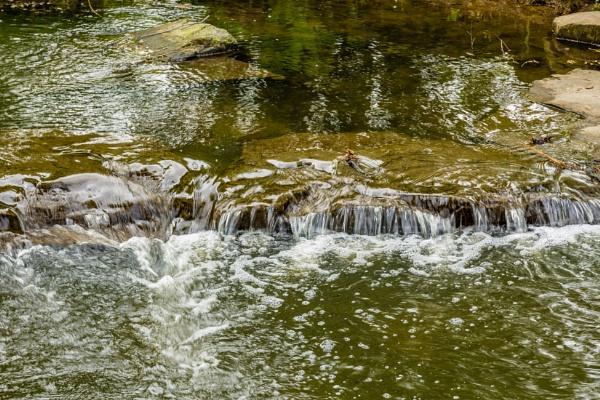 Waterfall by rninov