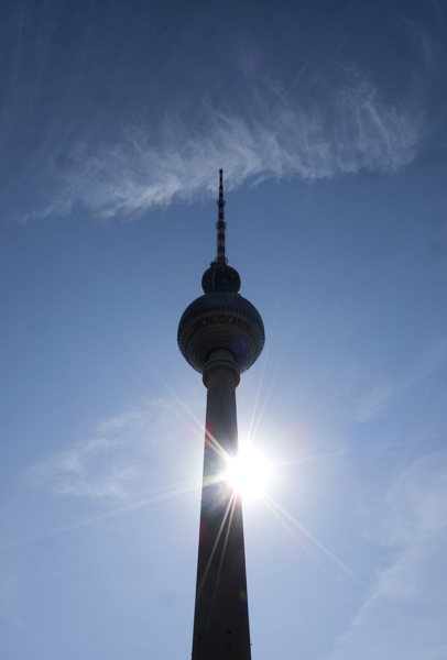 The Fernsehturm by FotoDen