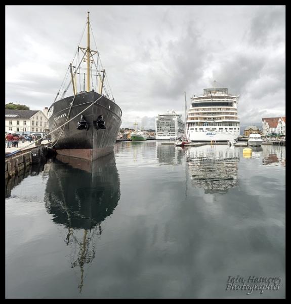 Stavanger Port by IainHamer