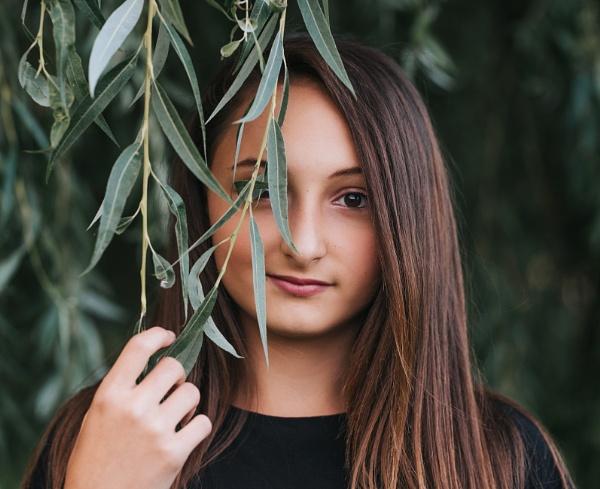 Kaitlyn by RebeccaR