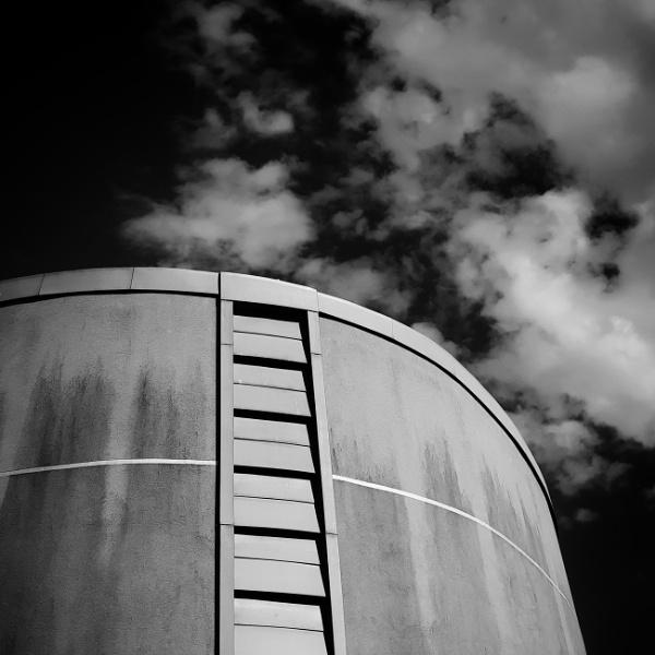 Big Thing & Sky by BydoR9