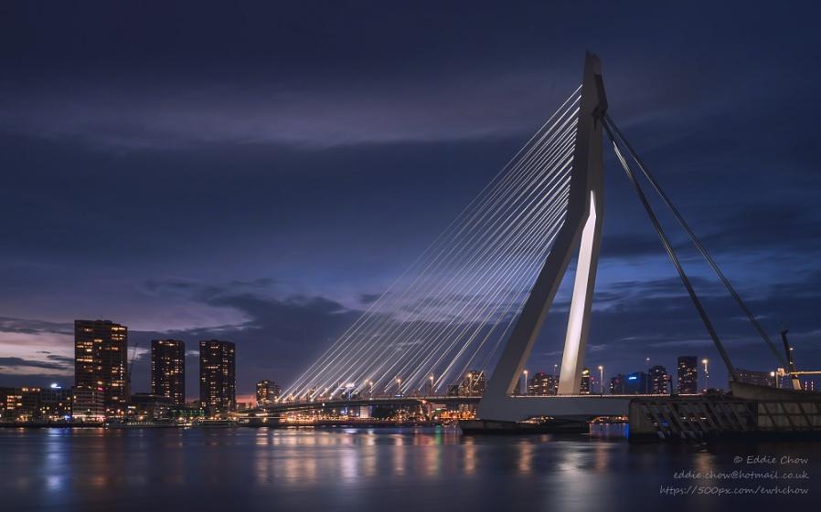Erasmus Bridge (III)