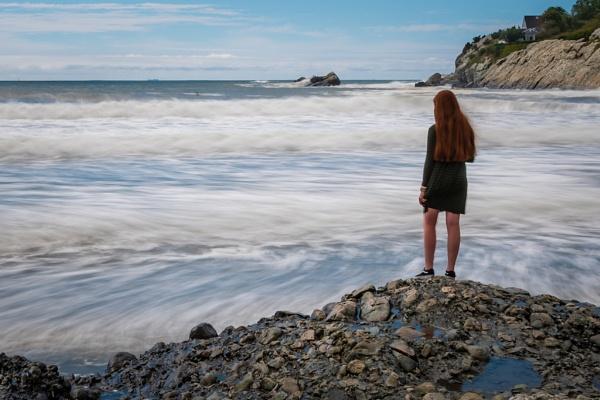Admiring the Sea by HoiPolloi